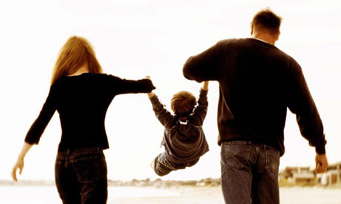 Mare atenție! Părinții păcătuiesc atunci când… Ai grijă să nu mai faci a doua oară asta!