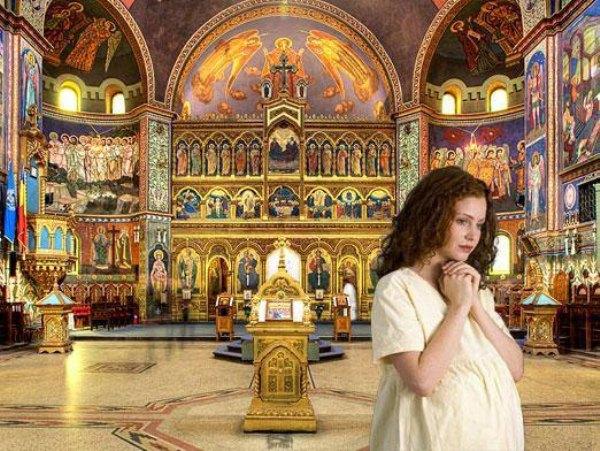 Femeia care aşteaptă să nască să se roage la Maica Domnului, ca rodul trupului ei să fie binecuvântat. Ce rugăciuni este bine să facă o mamă care aşteaptă un copil?
