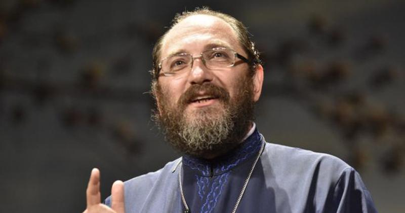 Părintele Constantin Necula: Despre sufletul pereche. Cum să ne dăm seama care e persoana potrivită pentru noi?