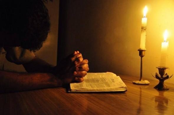 Înainte de a te culca, rostește această rugăciune din toată inima, pentru izbăvirea de vise urâte și năluci! Are mare putere!