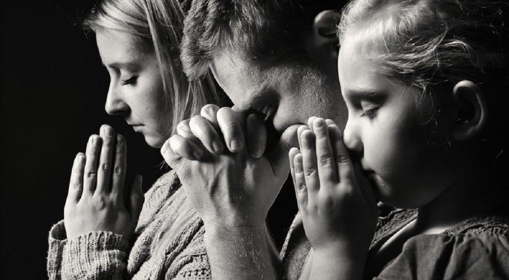 Dimineața gândește-te la cineva drag și roagă-te pentru acea persoană toată ziua! Cum să spui