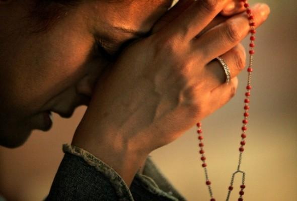 Spune această rugăciune foarte scurtă când ai un necaz mare sau ești supărat! Învaț-o pe de rost și de câte ori ți-e greu retrage-te un minut și spune-o! E făcătoare de minuni dacă o spui cu credință mare!