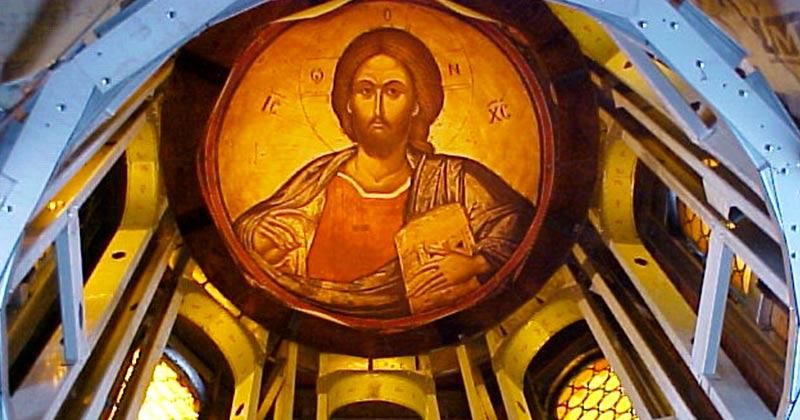 Rugăciunea lui Iisus sfinţeşte locul unde eşti şi munca ce o faci! Nu există rugăciune mai puternică ca aceasta! Să zici așa: