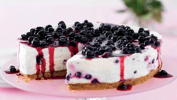 Tort racoritor cu afine! Absolut delicios! Vezi reteta!