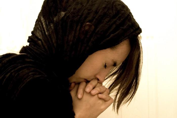 """Cum ți se împlinesc cererile și rugăciunea ta la Dumnezeu! """"Să vă ocrotească Maica Domnului, să vă binecuvinteze și să vă ajute!"""" Uite așa să faci:"""