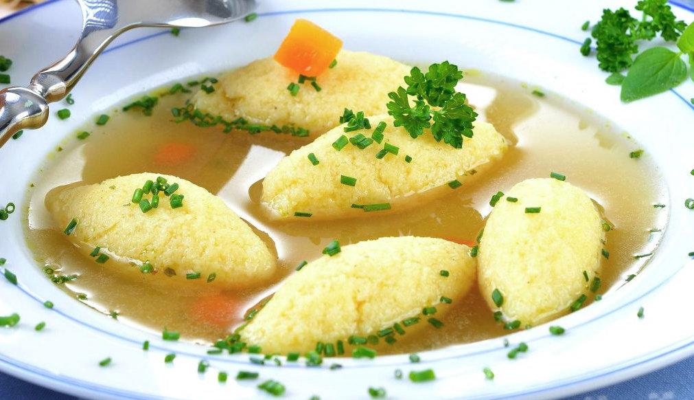 Supa cu găluște de post