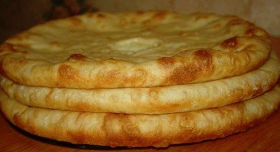 Plăcinte cu cartofi şi cașcaval în stil georgian – incredibil de apetisante şi delicioase