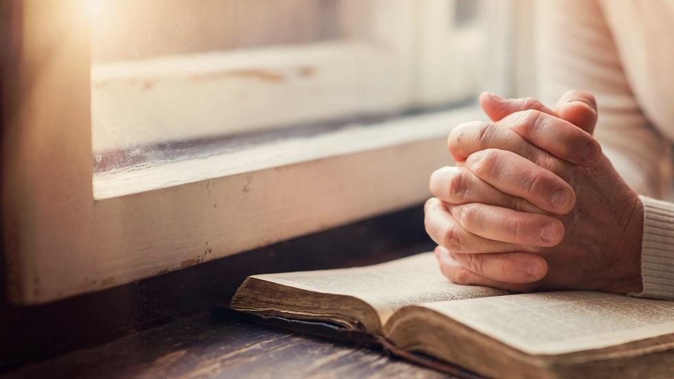 Rugăciune FOARTE PUTERNICĂ pentru MOMENTELE GRELE ALE VIEŢII!!! Spune-o și TU CHIAR ACUM!!!