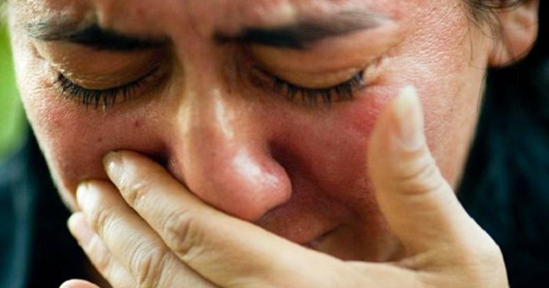 Sfântul Serafim de Sarov: Tristeţea duce la o stare atât de nesuferită şi chinuitoare, încât omul preferă să leşine sau să moară. Păzeşte-te de duhul tristeţii! Nu te lăsa așa, de la tristețe vin toate relele! Dacă te-a lovit, iată leacul imediat: