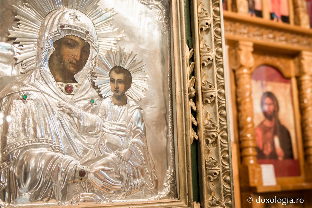 Unde să te rogi în aceste zile la Maica Domnului ca să ți se împlinească toate dorințele! Rugăciunile rostite în aceste locuri nu rămân fără răspuns!