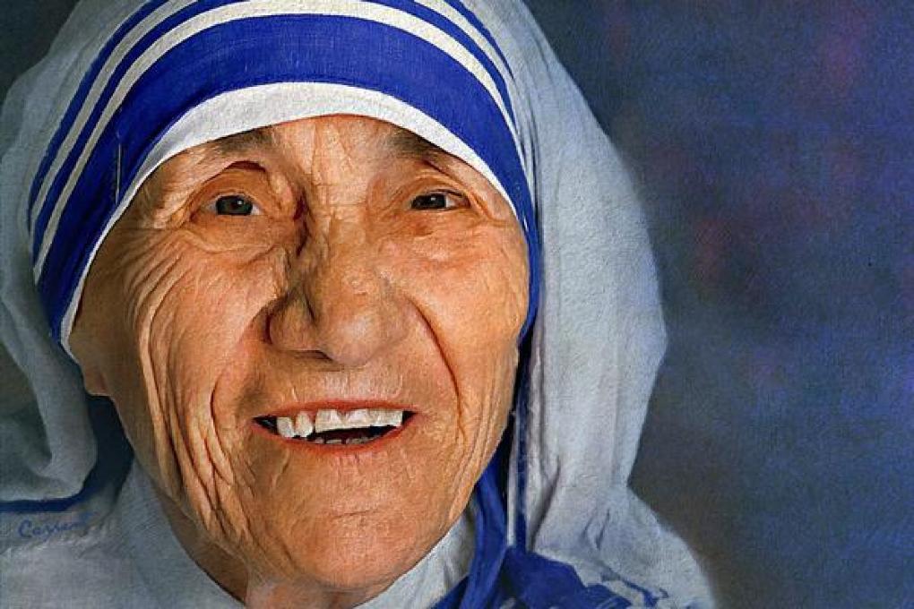 17 citate de Maica Tereza care îţi vor da putere
