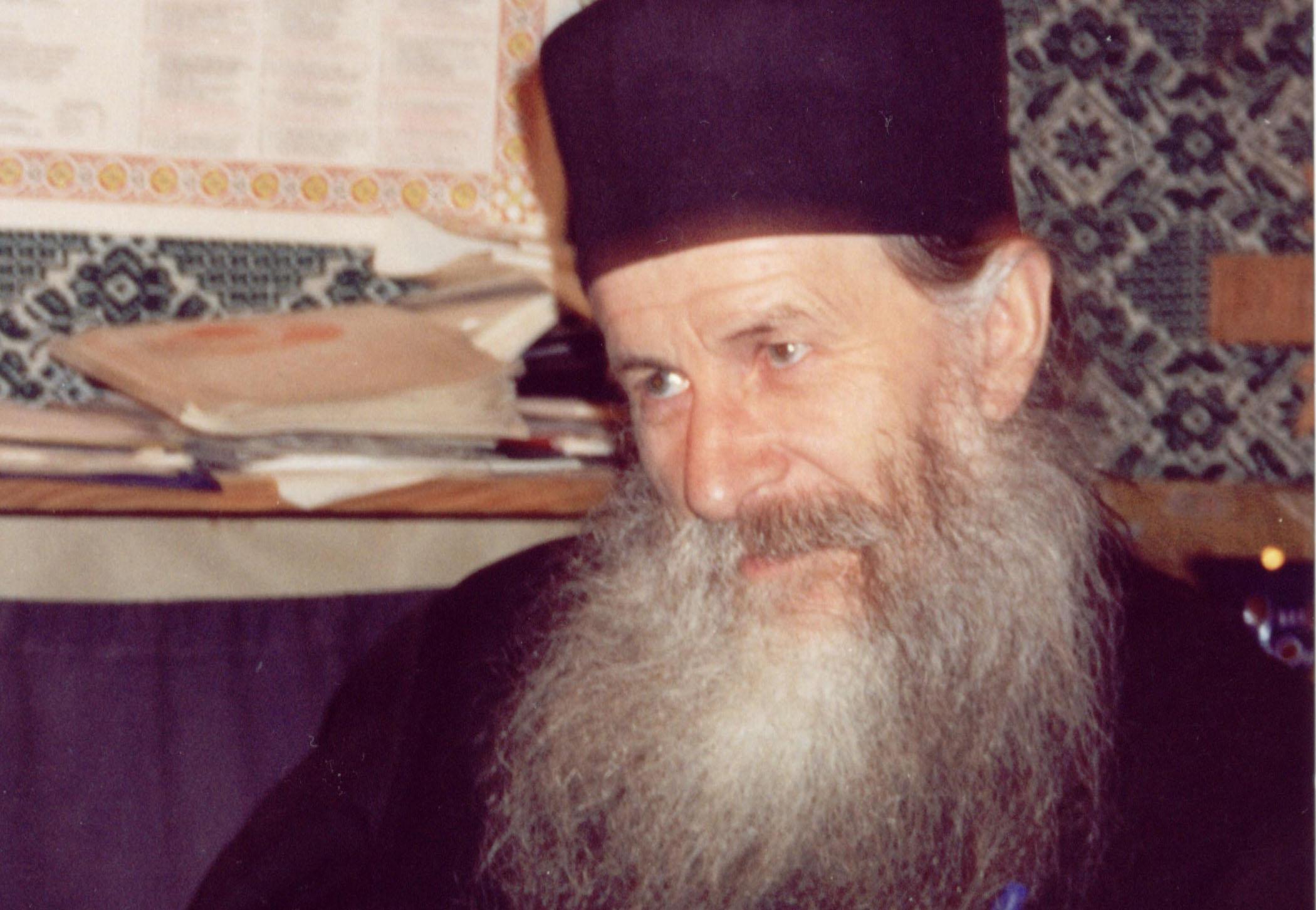 Părintele Ioanichie Bălan: Nu te îngrijora! Va veni o zi când Dumnezeu, prin te miri cine sau personal, te va lămuri despre ce e vorba! Mare atenție!