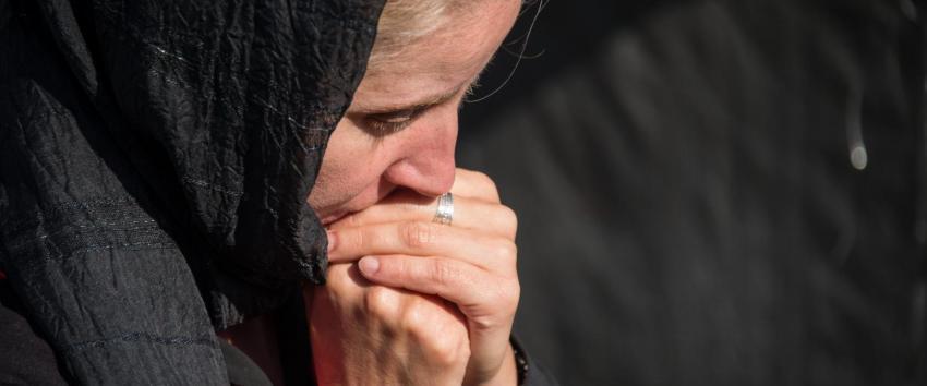 Să știi că mai mult Îi place lui Dumnezeu cel care face o rugăciune mai mica, smerindu-se, decât cel care face Acatiste, dar… Atenţie: