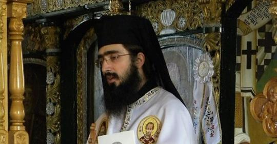 """Părintele Hrisostom Filipescu: """"Nu contează cine te-a rănit, contează cine te-a făcut să zâmbești din nou"""":"""