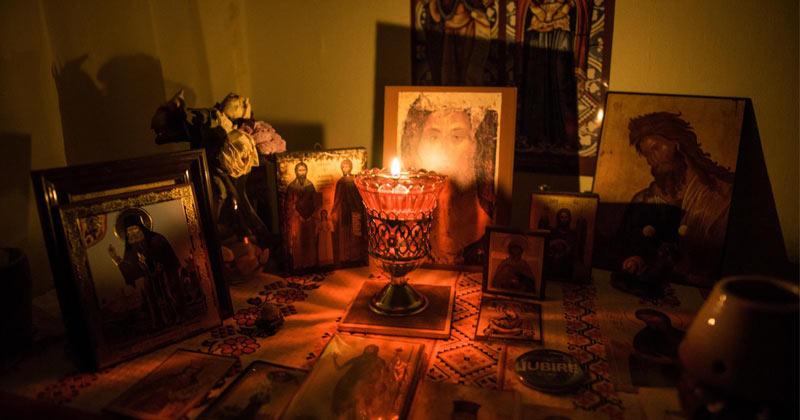 Rugăciunile făcute în vremea nopții sunt deosebit de puternice! Iată folosul lor: