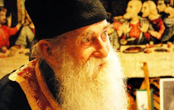 Părintele Arsenie Papacioc: Să respecţi aceste 3 lucruri ca să ai bine şi să te mântuieşti!