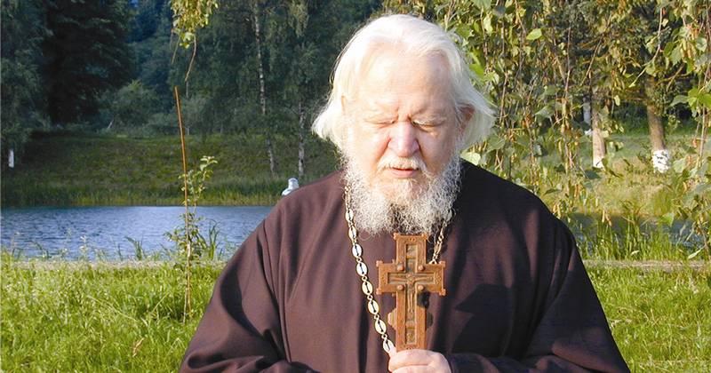 Părintele Teofil Părăian: Nu zici rugăciunea aceasta pentru că te-ai liniştit, ci ca să te linişteşti! Mare este puterea acestei rugăciuni: