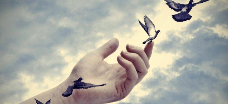 10 Afirmatii cu forta divina, care iti pot schimba viata
