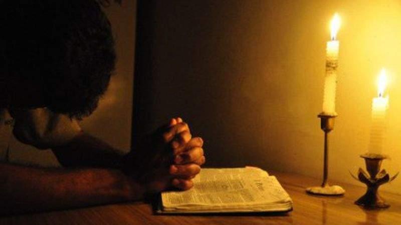 Rugăciunea care alungă depresia și greutățile sufletești. Spune-o când ești trist
